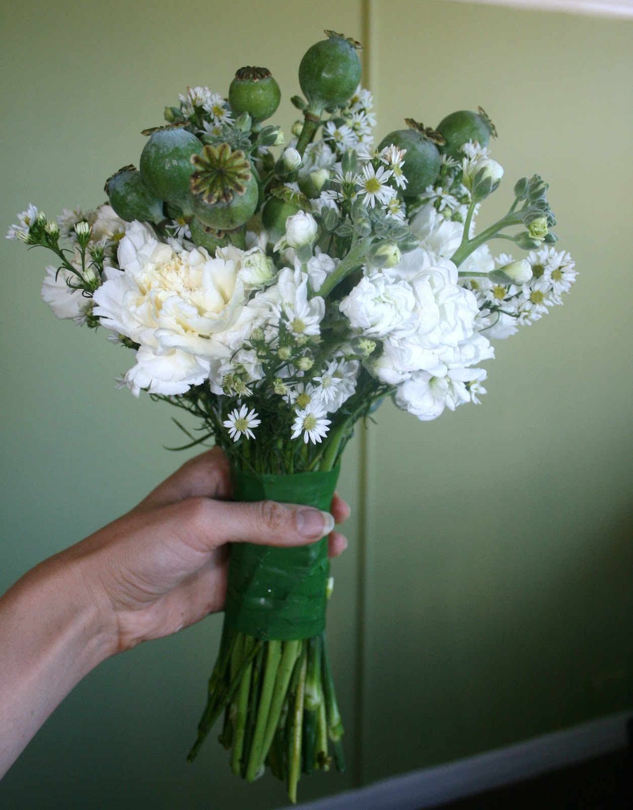 Chamomile Amp Peppermint Make Your Own Posy Simple Wedding Bouquet DIY