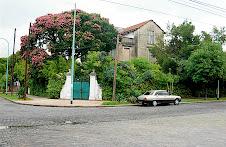 Casa sobre la calle Navarro