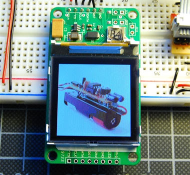 Flickr Images on A Nokia LCD and AVR