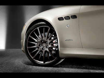 2011 Maserati Quattroporte Sport GT S Awards Edition - Wheel