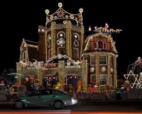 Cool Christmas Lights Seen On www.coolpicturegallery.us