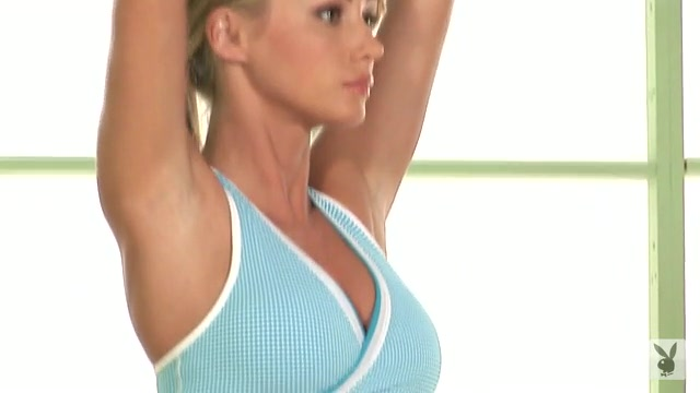 Sara Underwood Yoga Sara Underwood Yoga | ...
