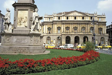 La Scala&#39;s season always starts December 7.