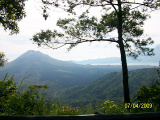 The master hamlet of Kintamani was downward inwards the crater exactly was wiped out yesteryear a purple eru Kintamani
