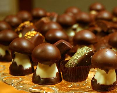 Chocolate ~ Easy Chocolate Cake