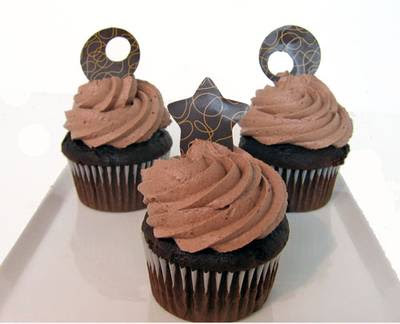 Decorate Cupcakes With Chocolate