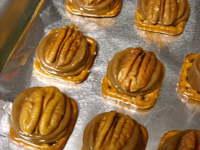 ... From my Texas Kitchen: Rolo Pretzel Turtle Candies or {Rudolph Noses