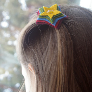 felt gifts: simple felt hair accessories :: make your own pretties!