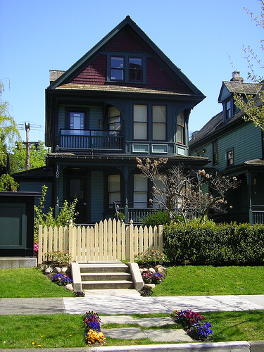 Mcintyre cresswell design group who are we for Early 1900 house styles