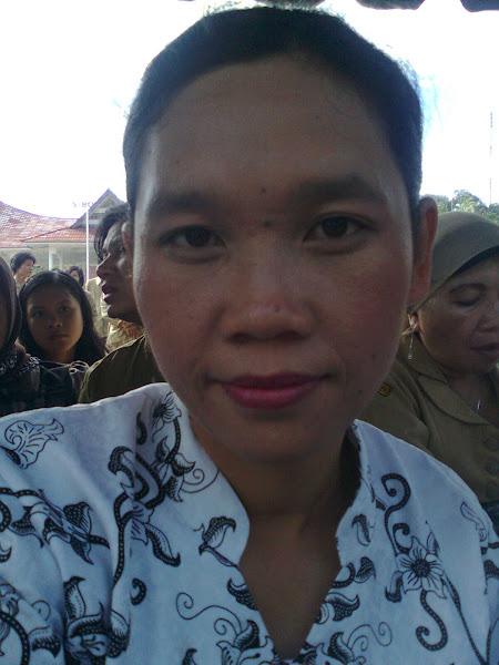 Memperingati Hari Guru di Lapangan Simare - mare Sibolga