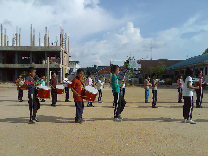 Latihan MARCHING B 4 N d