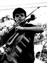 Rohnie (Cello)