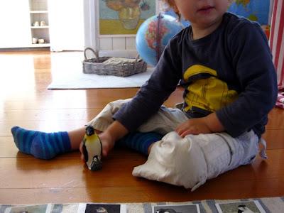 montessori sensitive period for culture Maria montessori, the absorbent mind when a child is born, they are born wi sensitive periods and the absorbent mind are two aids to the child's pattern of.