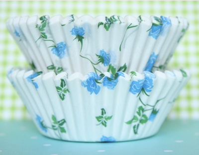 Blue floral baking cups by Etsy