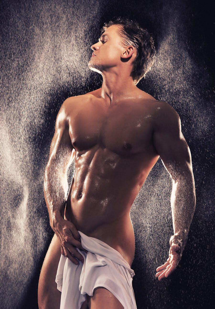 Cơ thể hoàn hảo Blond+Beauty+-+small+shower