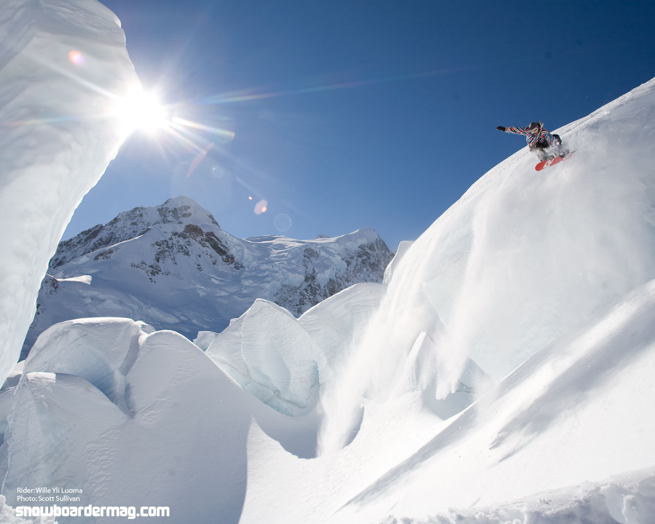 15 Cool Snowboarding Wallpapers