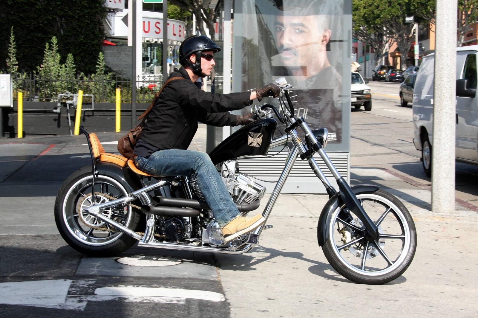 http://1.bp.blogspot.com/_gfXupHOEhH0/TUbWcjEU8PI/AAAAAAAATkE/1051XFroffY/s1600/keanu_reeves_bike.jpg