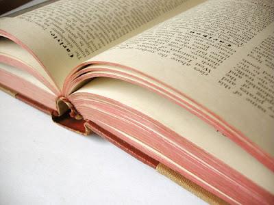http://1.bp.blogspot.com/_ggAUqeeqqEM/TPUfByGKL2I/AAAAAAAABA4/yHBiz2JX4Qw/s1600/buku.jpg