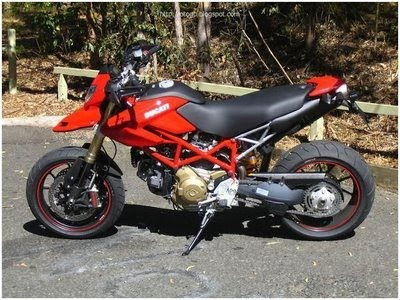 Ducati Hyper Motard Red Muscular Bike