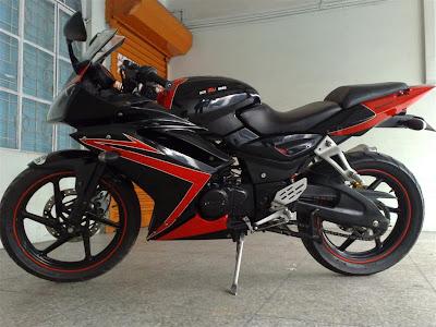 Bajaj Pulsar 220 Black Sport1