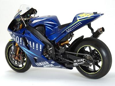 Yamaha M1 Rossi Blue Go ! MotoGP Edition