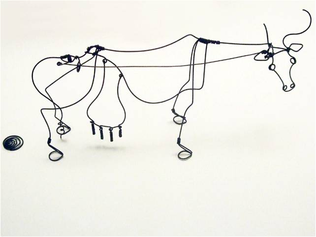 Idaho to Russia to Korea: Art class in Ulsan: drawing with wire