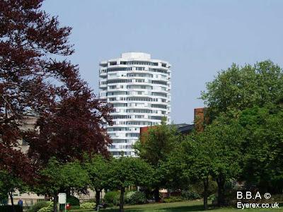 Croydon-50p-building