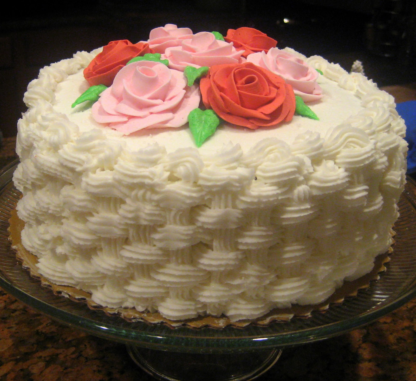 Homemade Cake Icing Designs : Sweet for Sirten: Wilton Flowers and Cake Design Final Cake