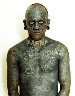 Ο άνθρωπος-τατουάζ!