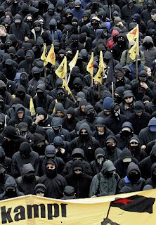 black block in corteo