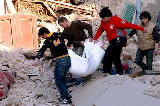 terremoto in abbruzzo,molte vittime, migliaia di sfollati