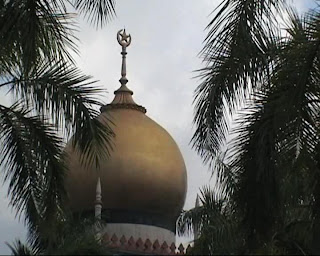 sultan mosque singapore golden dome
