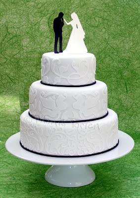 Hochzeitstorte schwarz-weiss