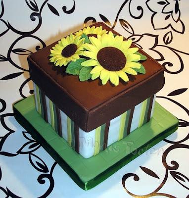 Streifenschachtel mit Sonnenblumen