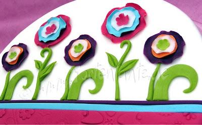 Motivtorte mit Blumen