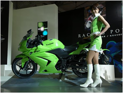 girl on ninja 250