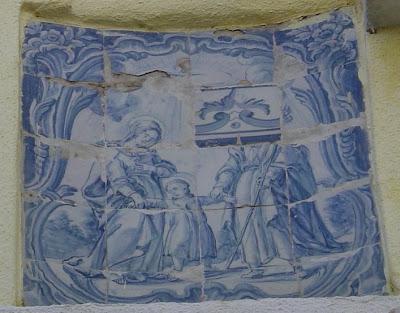 Setúbal. Registo de azulejo. Foto do autor