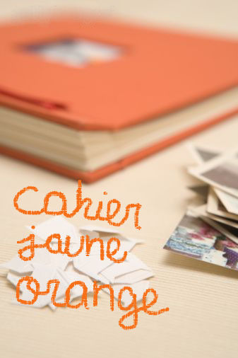 Cahier jaune orange