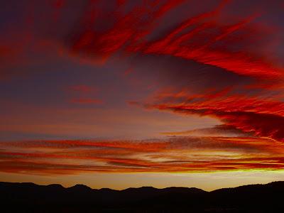 Sunrise over the Wellington Range, Tasmania - 27th May 2007