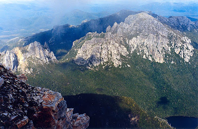 Sharlands Peak (left) and Philps Peak around Barron Pass, from Frenchmans Cap - 27 February 1999