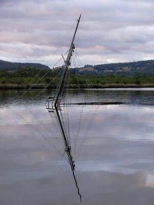 Belle Brandon, sunk, Franklin, Tas - 1st March 2009