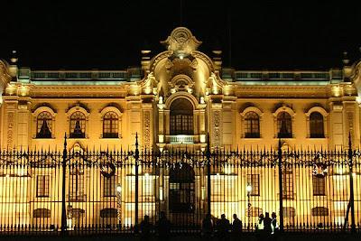 Palacio de Gobierno de noche