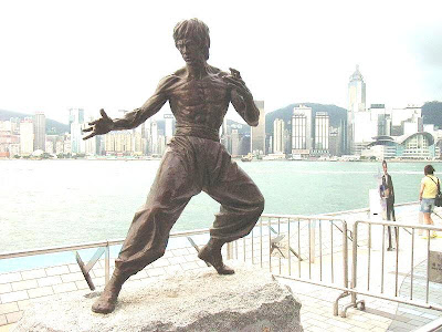 Bruce+Lee+monumento FOTOS DE BRUCE LEE