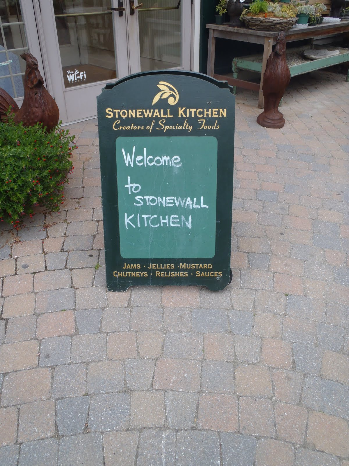 Crazy Travelers...: Stonewall Kitchen Cooking School