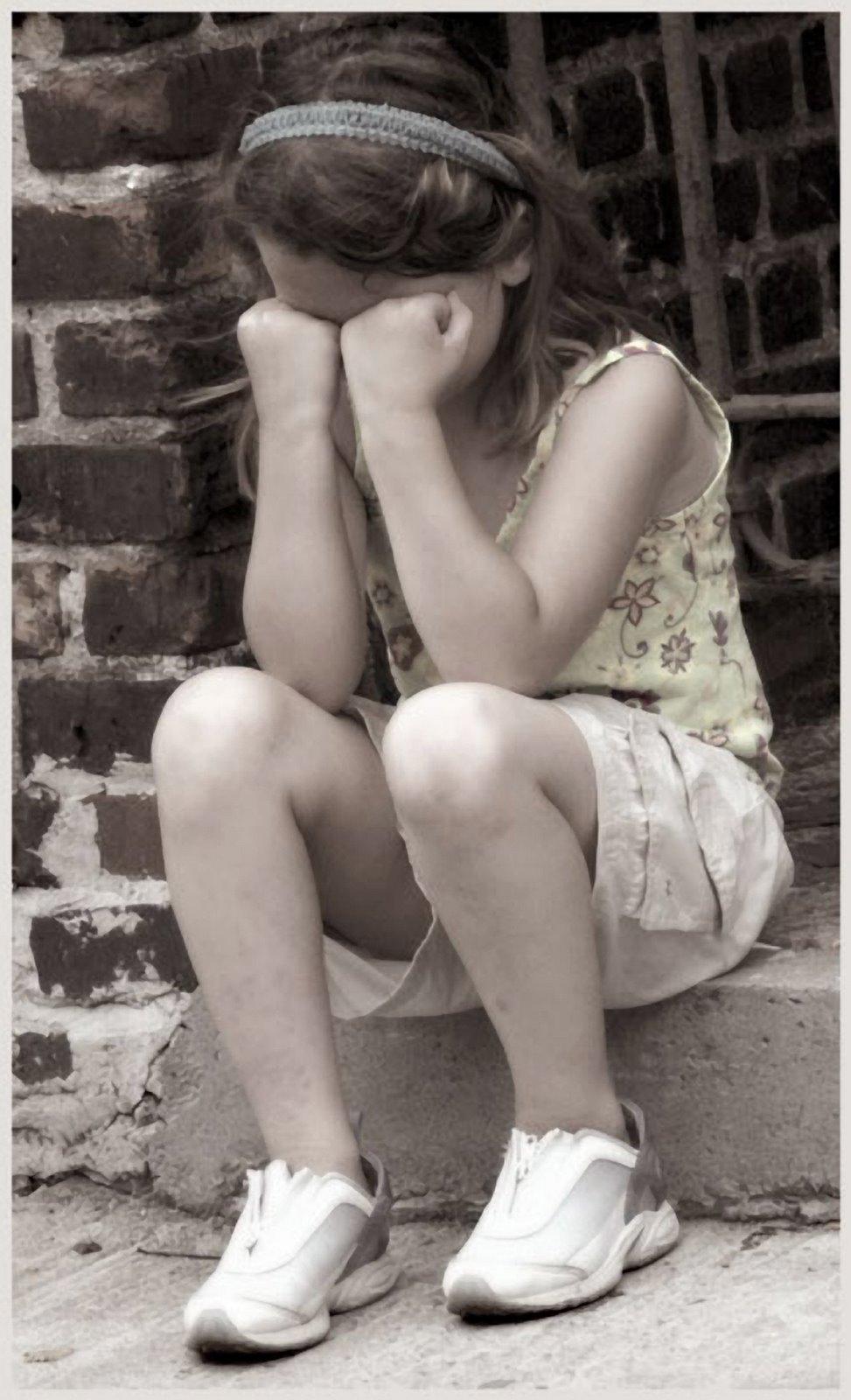 sad+girl+crying (image...