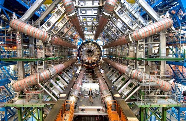 CERN=Η ΜΕΤΑΦΟΡΑ ΤΩΝ ΣΩΜΑΤΙΔΙΩΝ ΤΟΥ ΘΕΟΥ;;