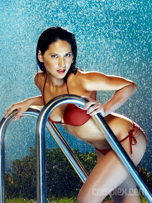 Olivia Munn Does Fast Times at Ridgemont High