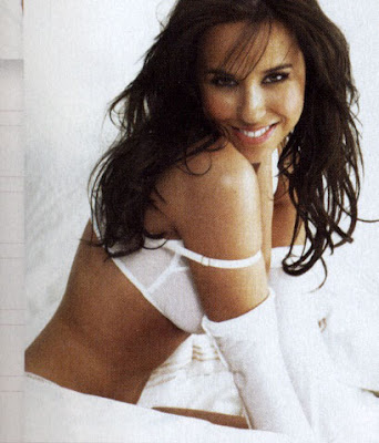 lacey chabert beach