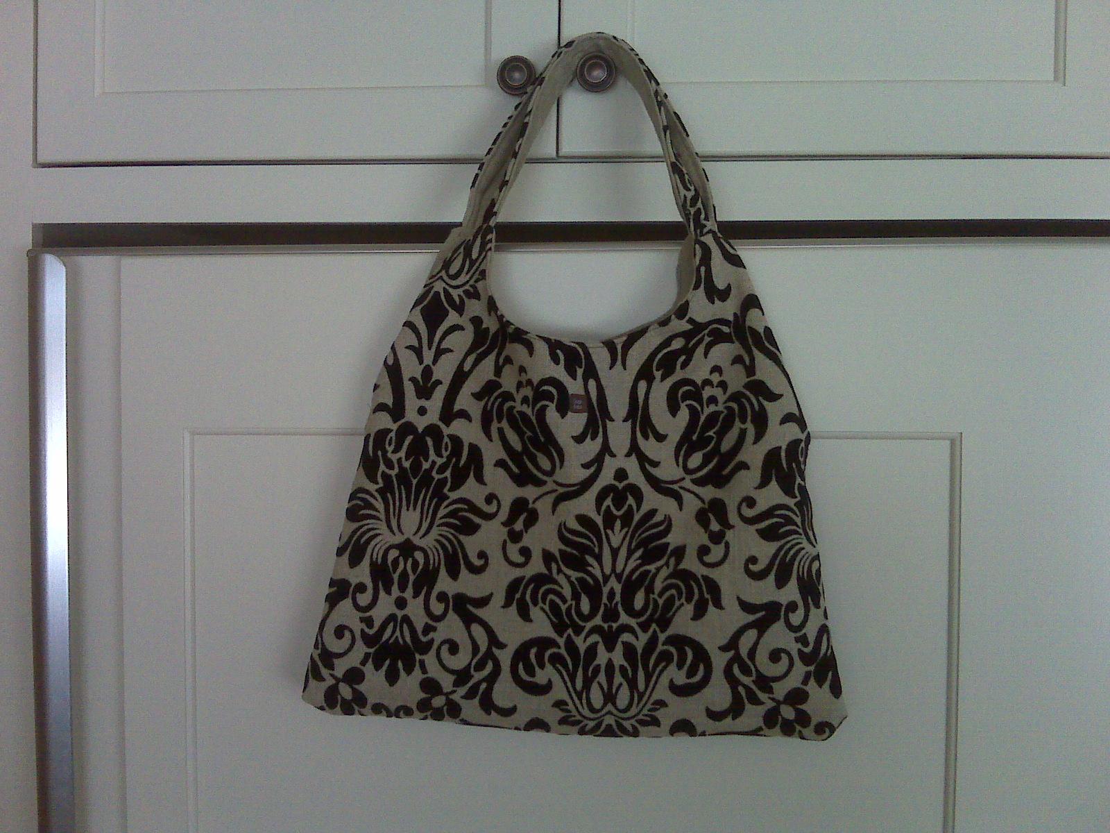[velvet+purse.aspx]
