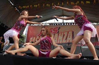 Trio Macan Hot Bugil